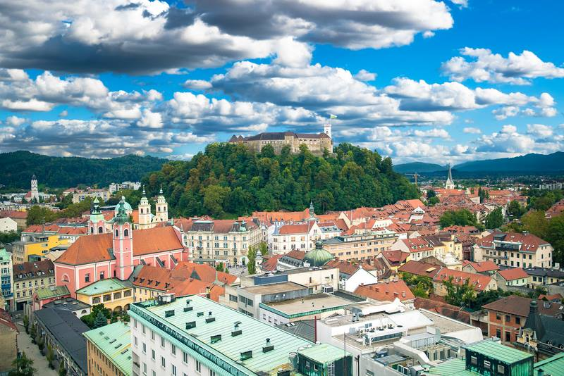 TOP 10 PLACES TO VISIT IN SLOVENIA (PLUS AN ADDITIONAL GEM ACROSS THE BORDER)